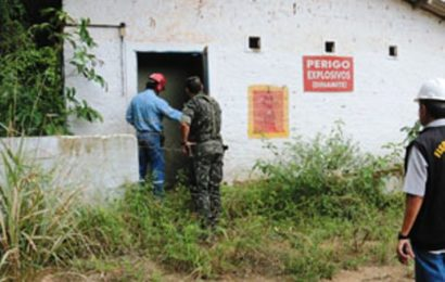 02-06-2016 Exercito Vistoria Paiol de Explosivos